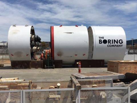 時速約200キロで移動! イーロン・マスク氏が手掛ける地下トンネル事業の驚くべき進捗状況