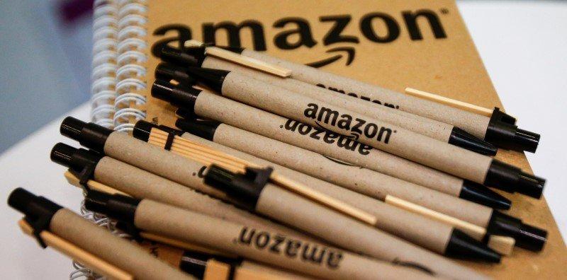 Amazonのノートとペン