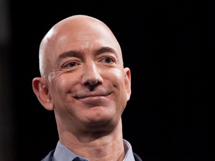 アマゾンの創業者兼CEO ジェフ・ベゾス氏