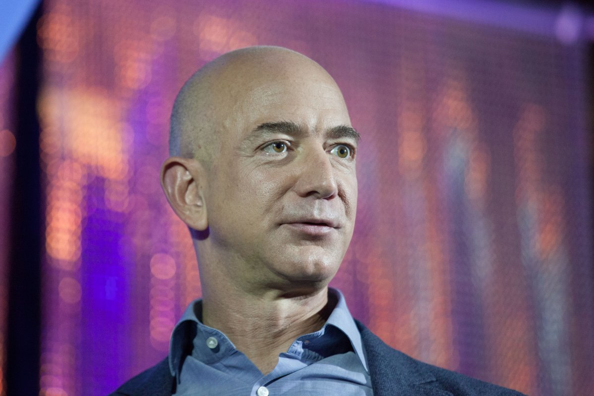what-does-bezos-do-with-all-his-money-in-2012-he-donated-25-million-to-defend-gay-marriage-in-washington