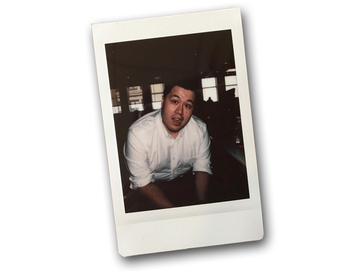 Instax Mini 9で撮影された同僚のKif Leswing(キフ・レスウィング)の写真