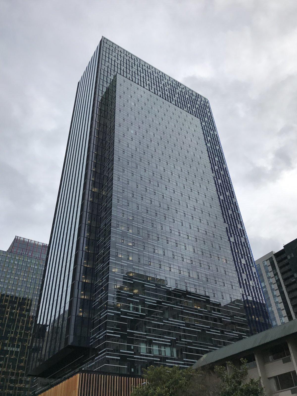 巨大なガラス張りドームの中は? アマゾン新本社を見てきた Business Insider Japan