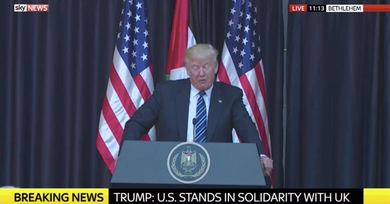 イスラエルの首都ベツレヘムにて声明を発表するトランプ米大統領