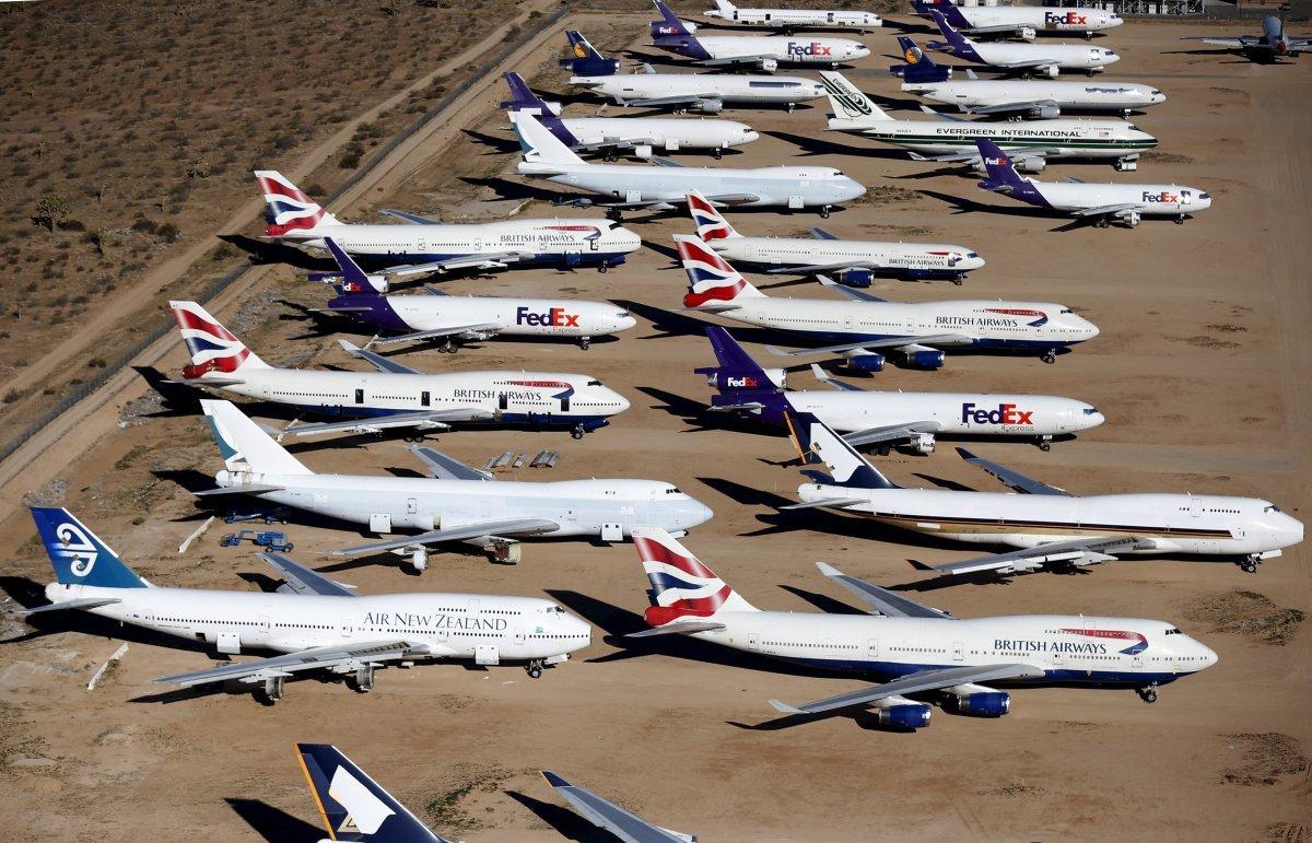 各社の機体