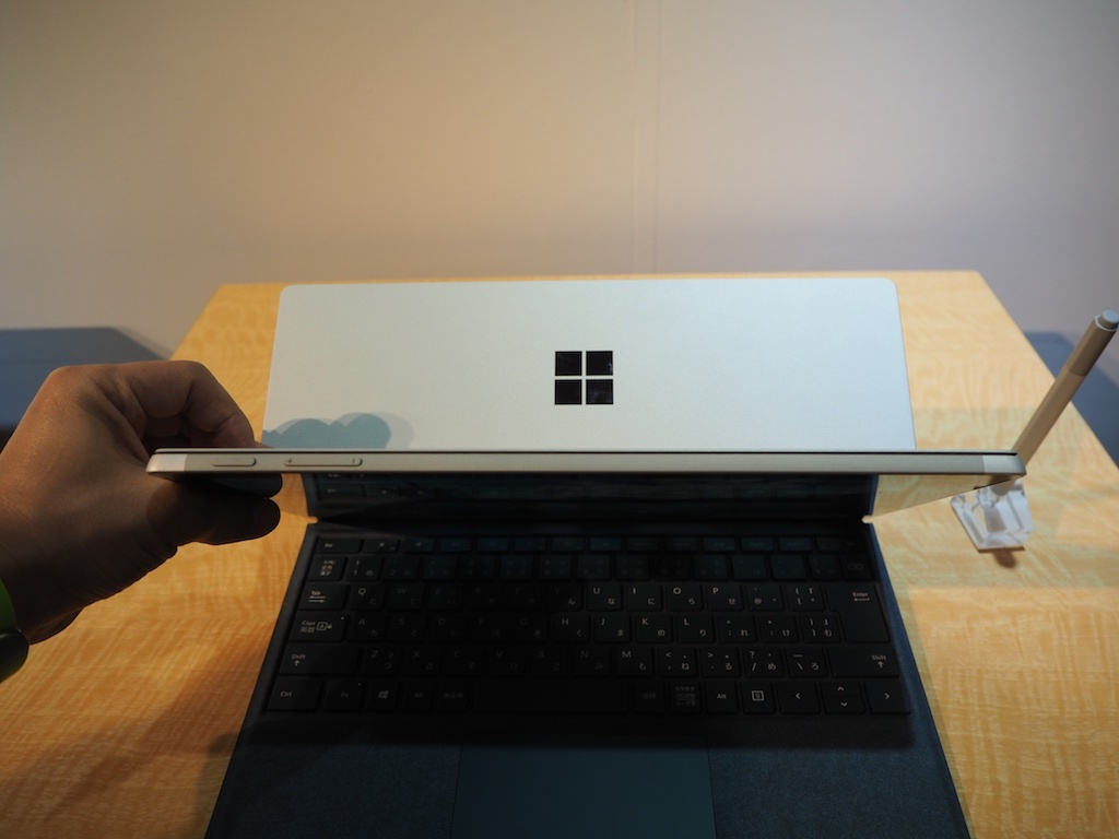 Surface Proの上部