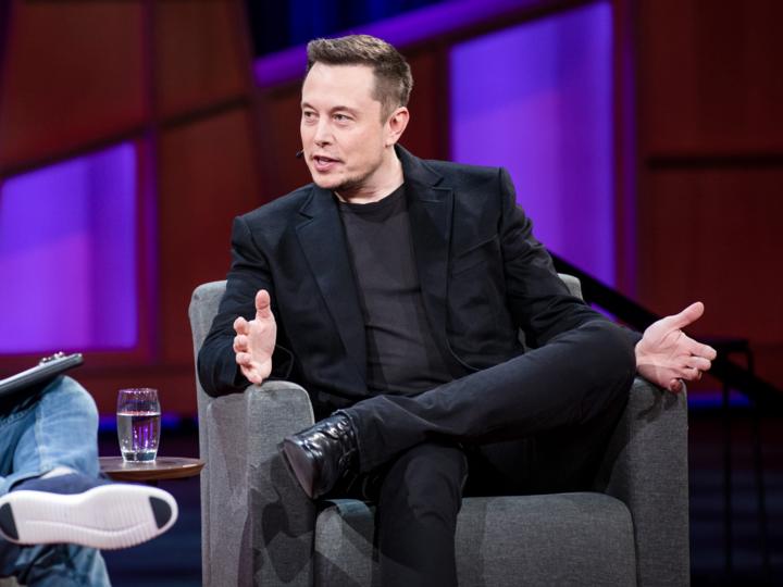 CEO:イーロン・マスク(Elon Musk)氏