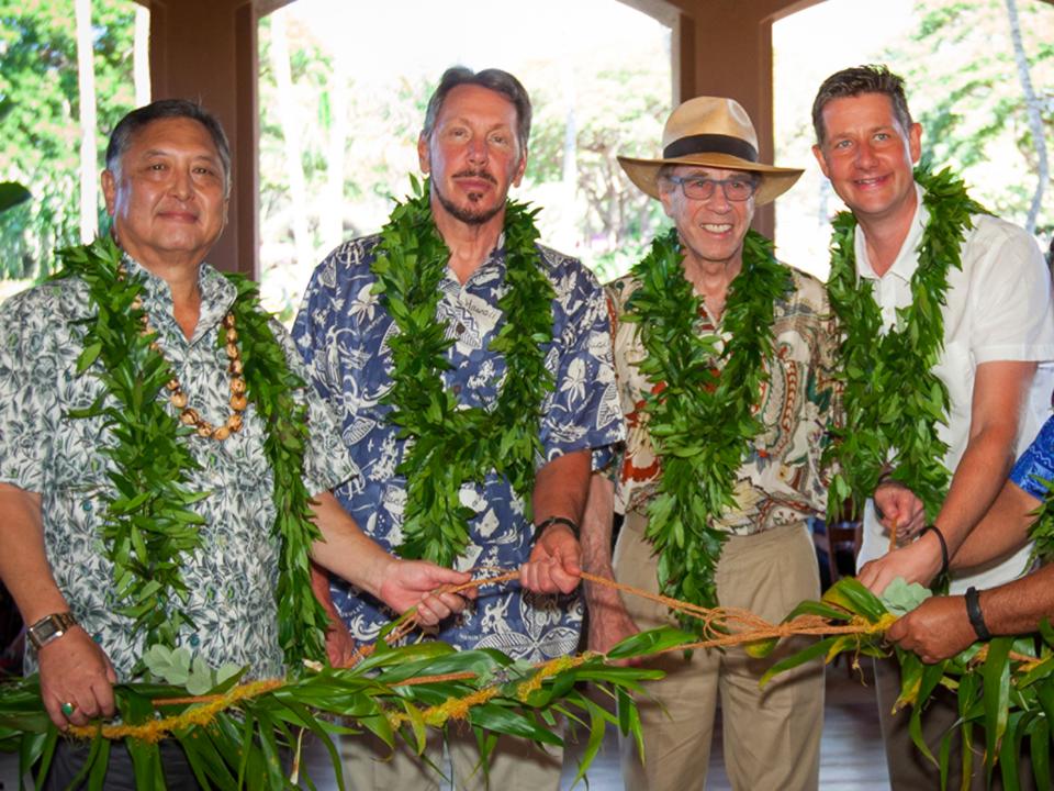 ラリー・エリソン氏、ハワイ諸島のラナイ島にて