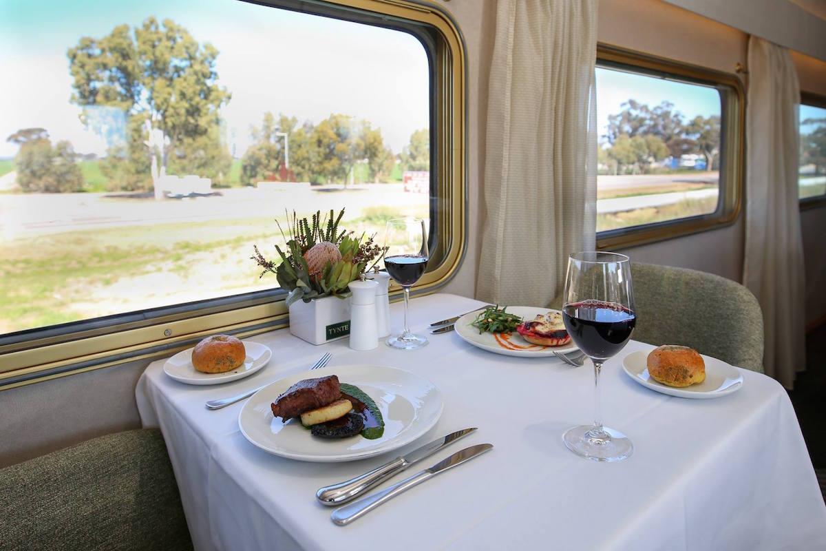 豪華列車7選_オーストラリア:インディアンパシフィック