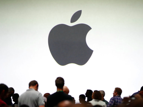 アップル、チャットのビジネス活用分野へ進出 —— Facebookと競合
