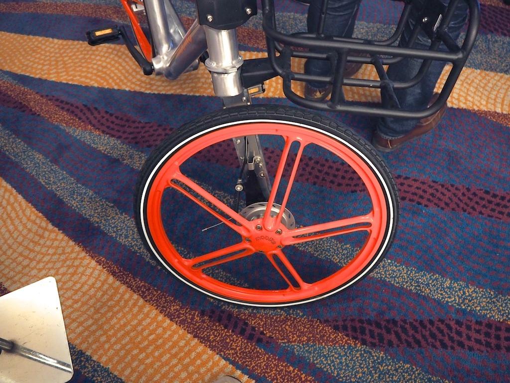 Mobikeの前輪