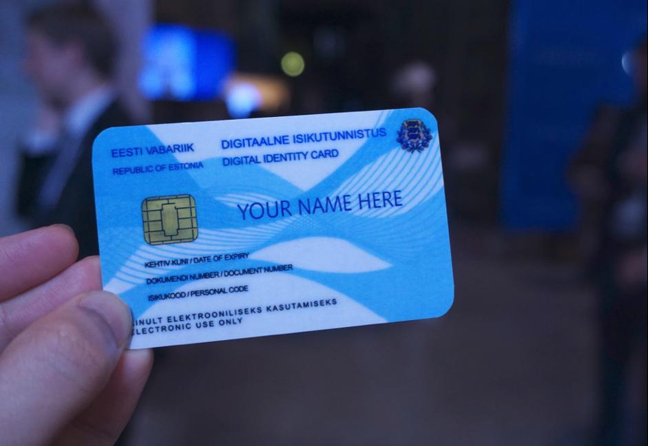 EstiniaIDcard