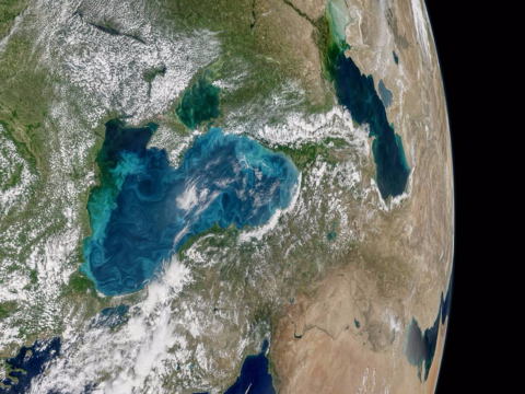 「黒海」が青くなった? NASAが明らかにしたその理由