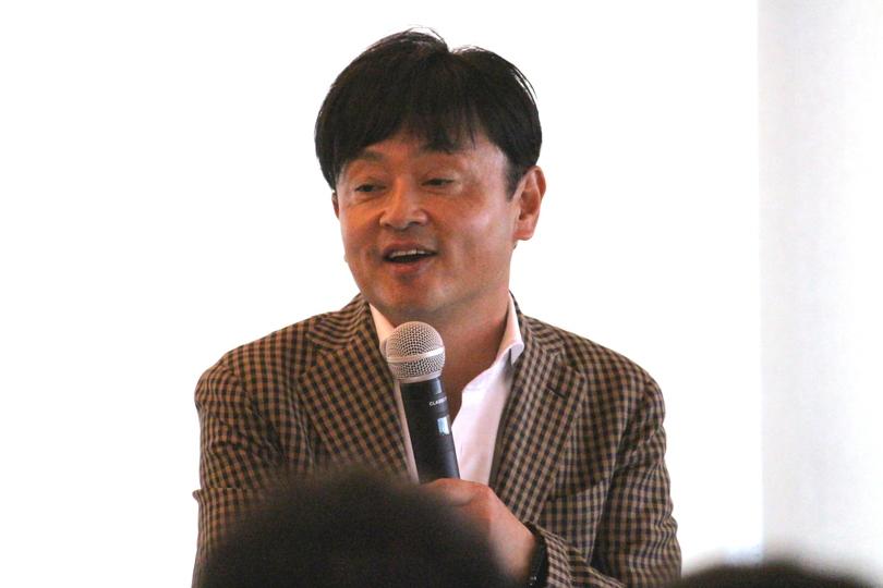 ホワイト対決を語る、はなまるの成瀬哲也社長