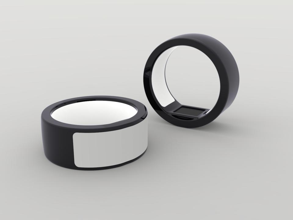 ブラックロジウム加工の指輪の写真