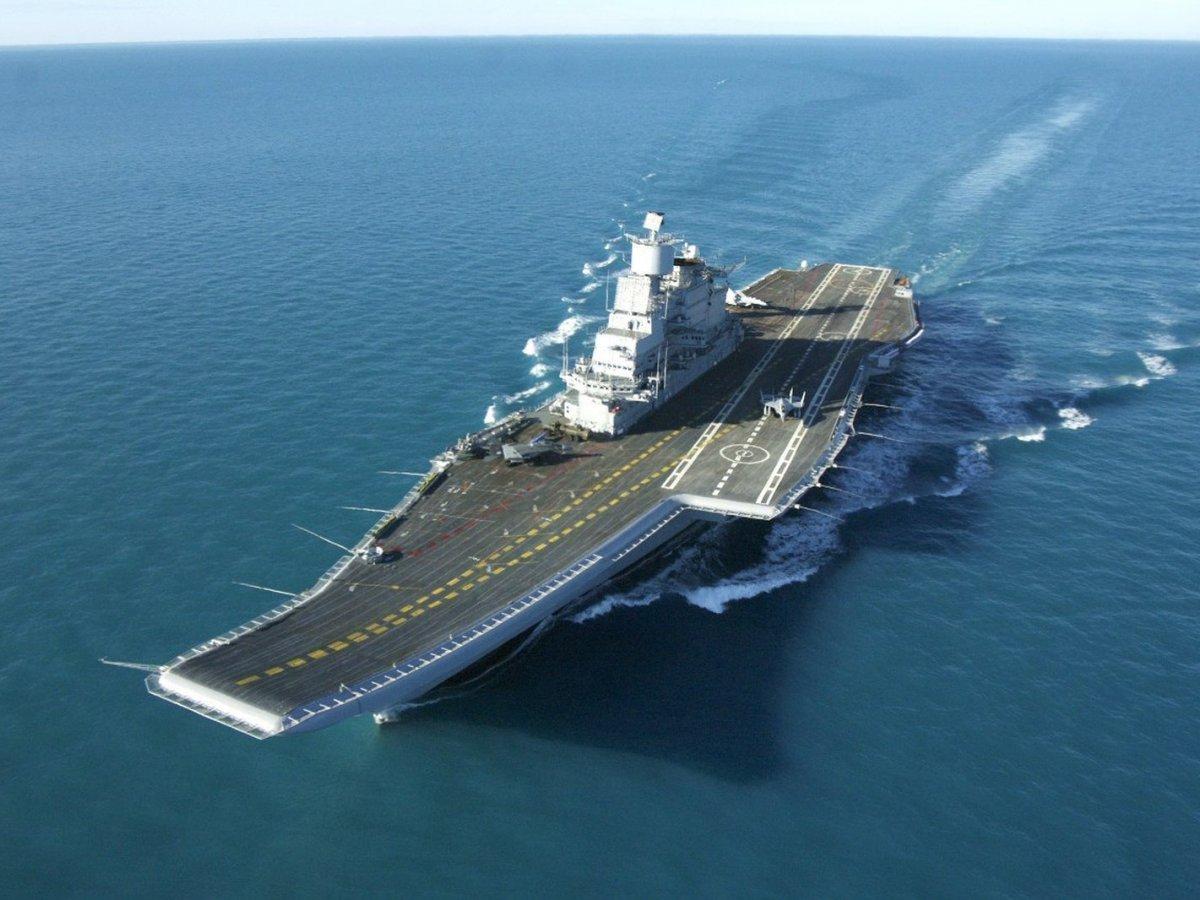 インド海軍の空母「ヴィクラマーディティヤ」。