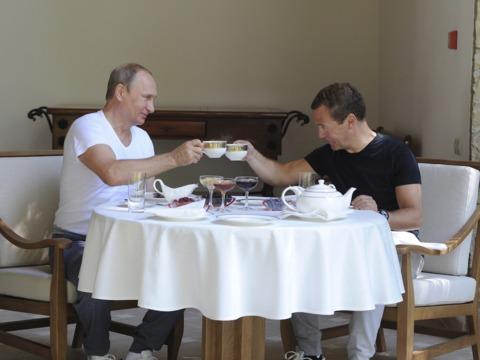 朝食は正午前後に —— 夜型人間プーチン大統領の朝のルーティンとは