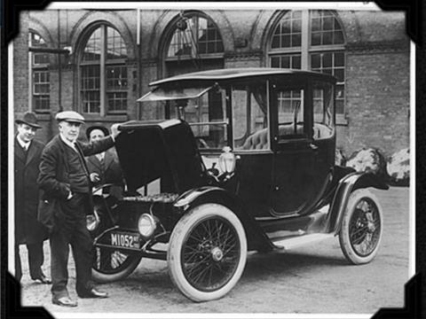 かつて電気自動車が主流の時代があった —— 写真で振り返る120年の歩み