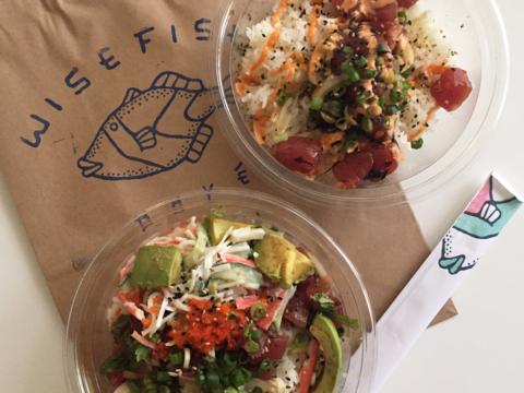 ファストフードに新潮流、生魚を使った丼がアメリカで大人気