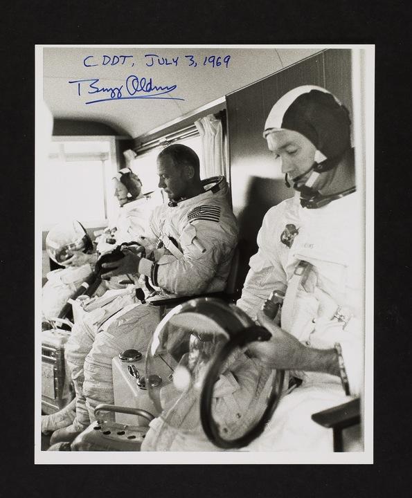 NASAによるアポロ11号報道発表用写真(2/2)