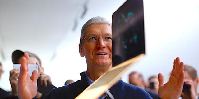 アップルは過去を打破できるか? iPhone 8を成功させるために