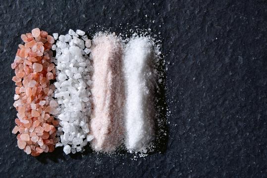減塩=健康は本当? プロが教える塩の摂り方・選び方
