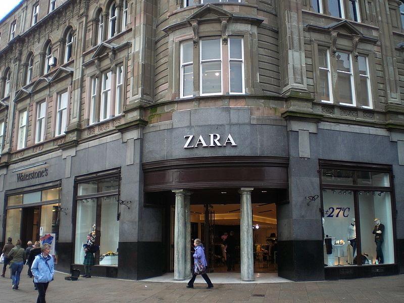 ZARAの店舗外観