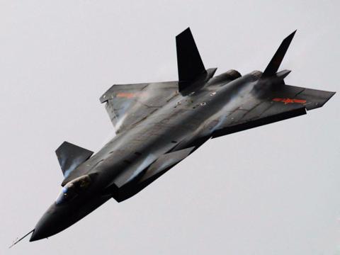 中国やロシアのステルス機は「ダーティ」、F-22やF-35の相手になり得ない。