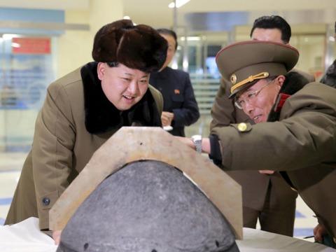 北朝鮮の保有数は60基、核弾頭の小型化にも成功? —— 世界の核兵器、1万4995基の内訳