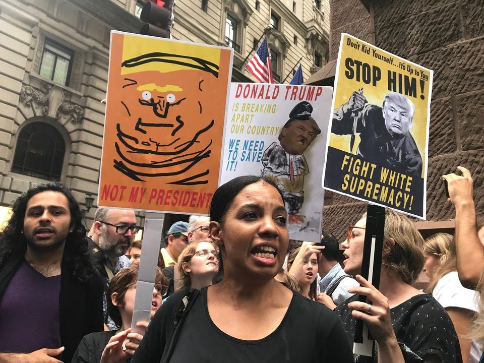 反トランプデモ