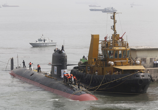日本のメーカーにも打診、インドが潜水艦を増強する背景とは