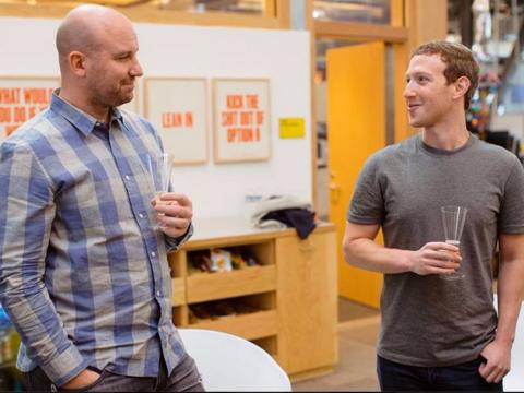Facebook、CEO最側近がハードウエア事業統括へ —— 開発中デバイス、新体制でリリース近づく