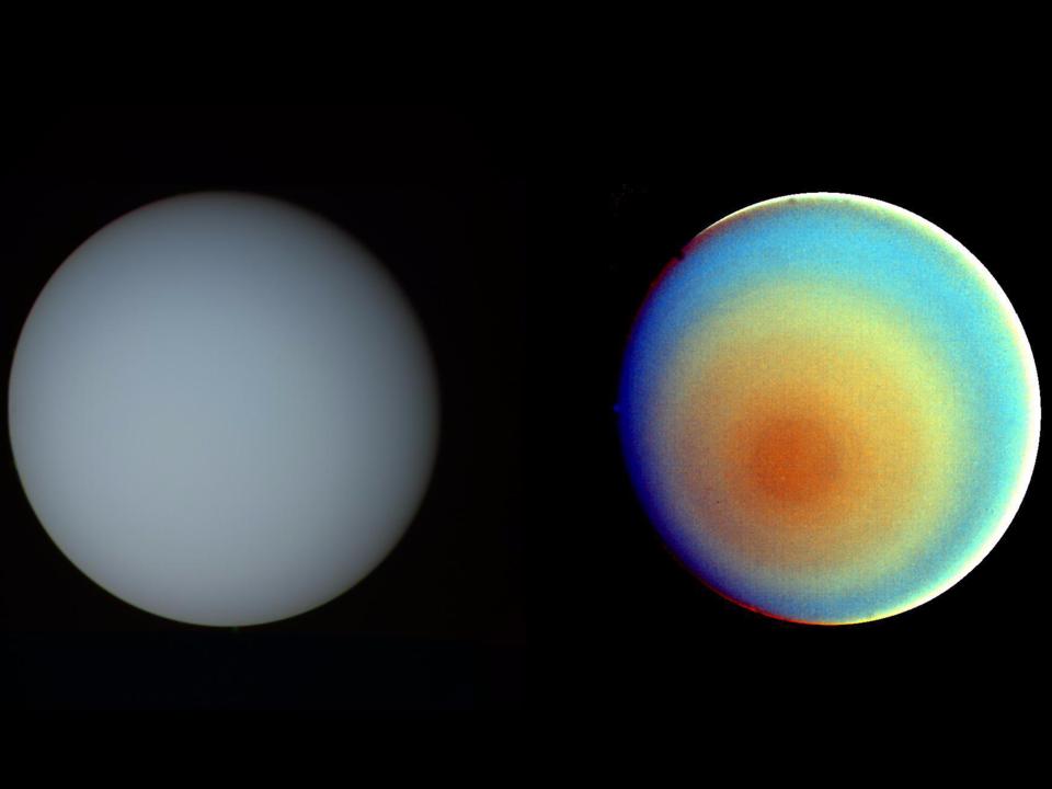 ボイジャー2号が撮影した、天王星の未着色像(左)と着色像(右)