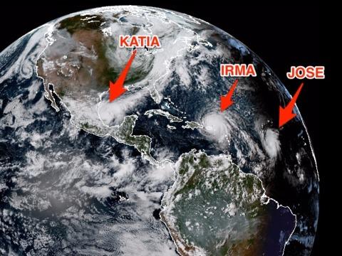 イルマ、ホセ、カティア……宇宙から見たアメリカに接近中の3つのハリケーン