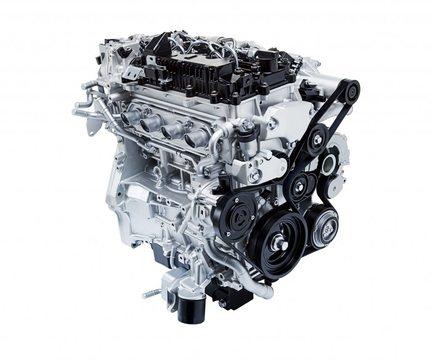 マツダ、革新的なガソリンエンジンを開発 —— 世界中がEVに注力する中、その意味は?