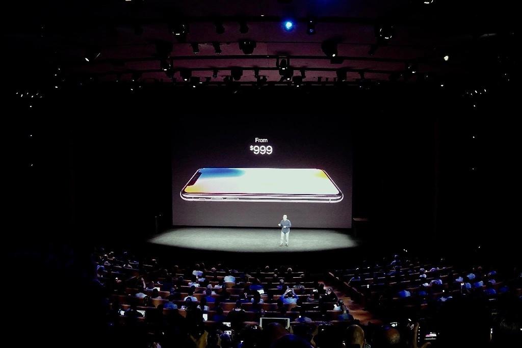 iPhoneXの発表
