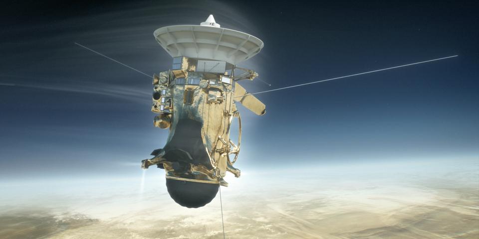 土星の雲の海に突入するカッシーニのイメージ図。