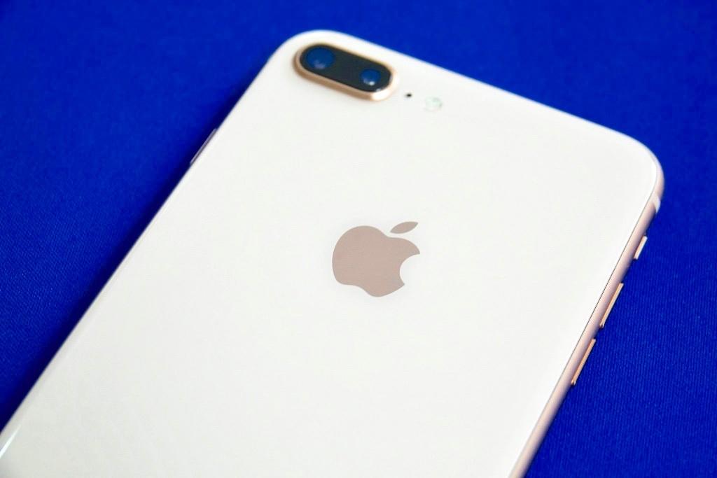 iPhone8 Plusの背面のアップ