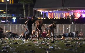 なぜアメリカの銃乱射事件では、...