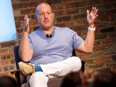5年かかった —— iPhone Xの開発裏話をジョナサン・アイブ氏が明かす