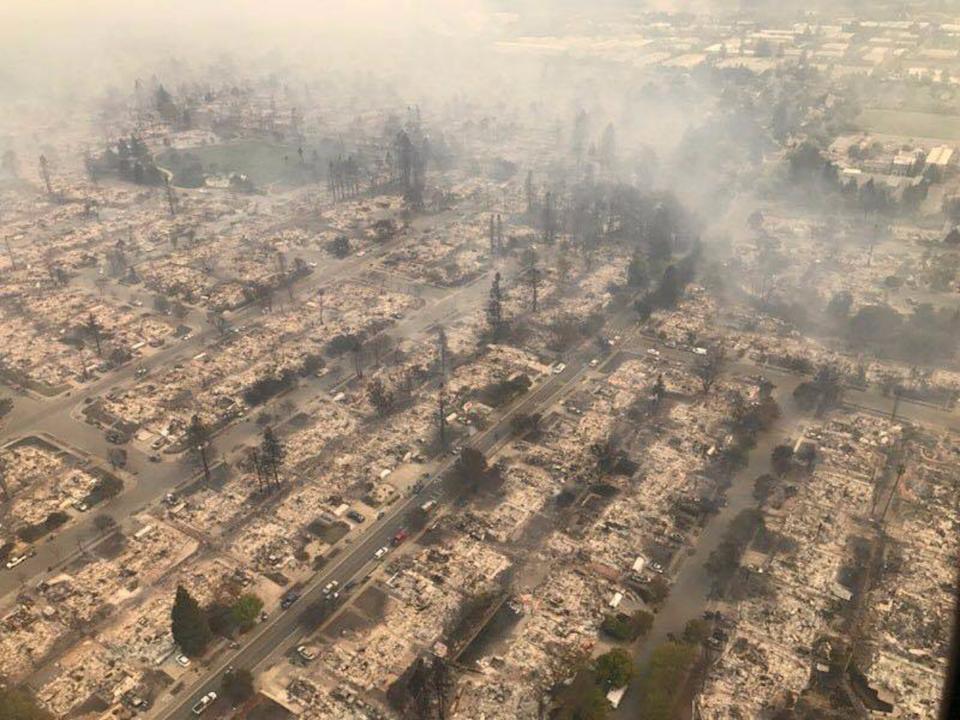 火災の後の写真