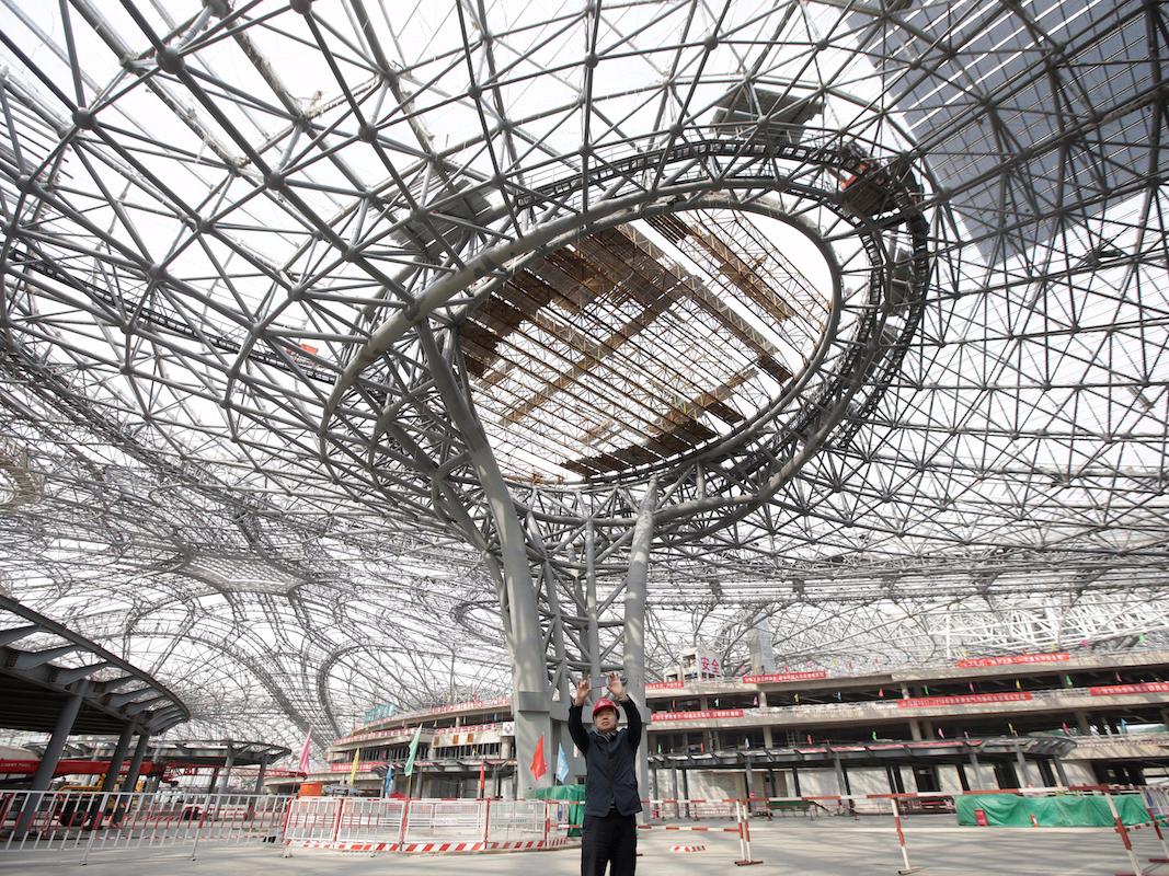 建設途中の屋根