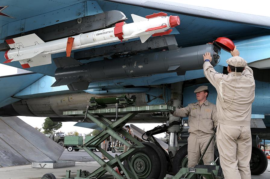 スホイ34と精密誘導爆弾 KAB-500