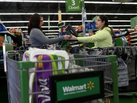 1ドル・ショップの成功に続け? アマゾンやウォルマートが狙う「低所得者層」をめぐる真実
