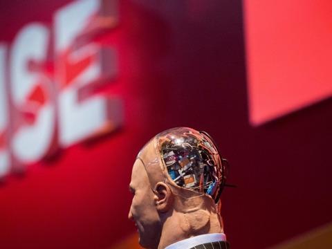 人型ロボット