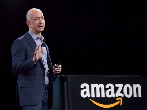 アマゾンは医薬品事業に参入するのか? —— 株価も反応、11月下旬までに決断か