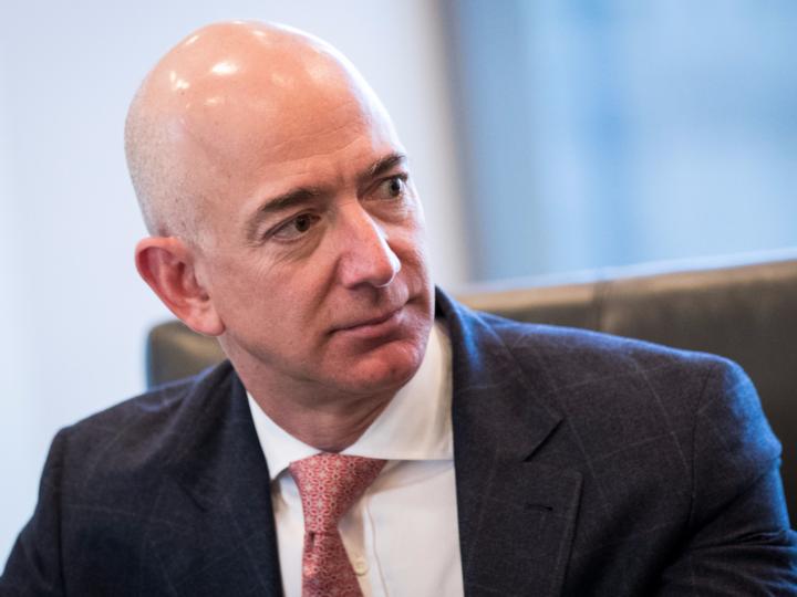 純資産10兆円超! アマゾンのCEOジェフ・べゾスにまつわる8つの驚愕の ...