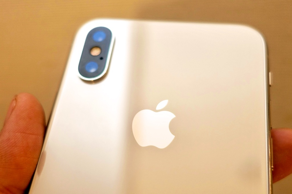iPhone Xの背面カメラ