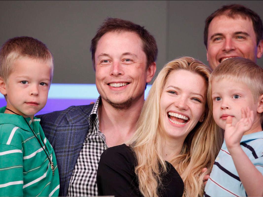 イーロン・マスクと前妻と双子の息子