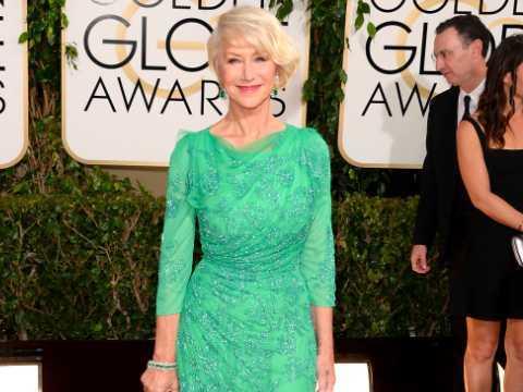 緑のドレスを着た女性