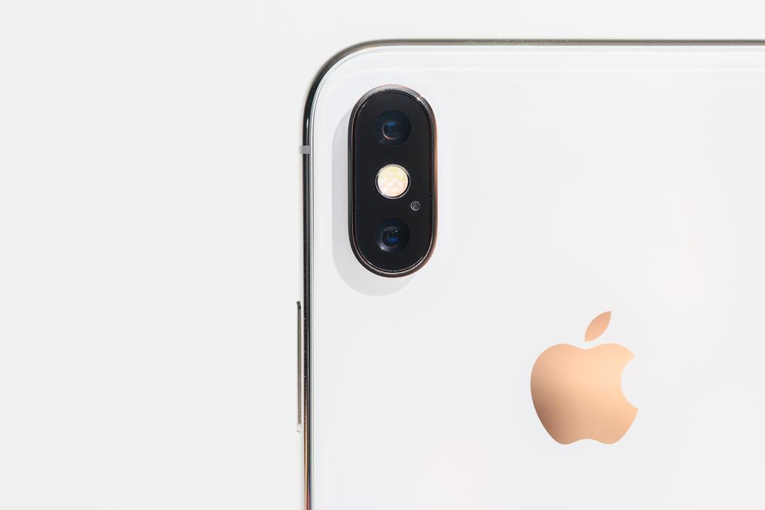 iPhone Xのリアカメラ